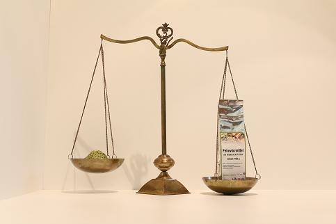 Feinwürzmittel (35% Salz) mit Kräutern 100 g